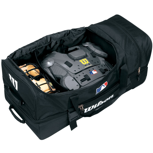 Wilson Umpire Bag On Wheels WTA9779